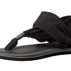 Sanuk yoga sling black 7